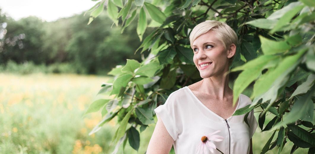 https://brunnen-verlag.de/blog/wp-content/uploads/2018/08/LovelyBooks-Thema-Interview-Shauna-Shanks_Autorenfoto.jpg